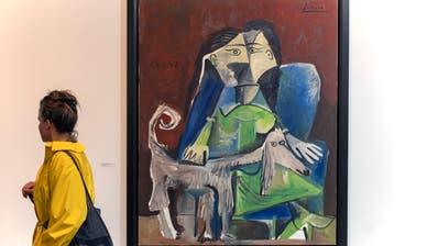 Das Bild «Femme au Chien» (1962) von Pablo Picasso an der Art Basel. (Bild: KEYSTONE/Georgios Kefalas, 11. Juni 2019)
