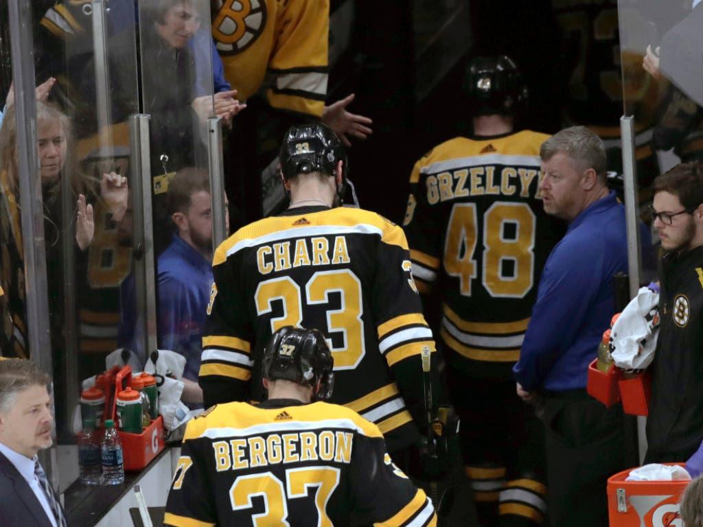 Der Favorit Boston zieht dagegen enttäuscht von dannen (Bild: KEYSTONE/AP/CHARLES KRUPA)