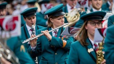 Blasmusiker erobern Hergiswil: Das Innerschweizer Musikfest ist ein gewaltig tönendes Spektakel