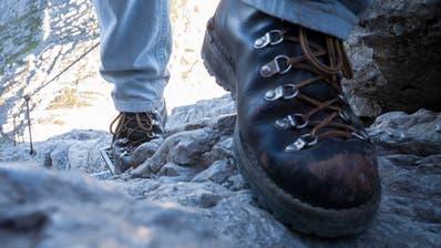 Der 41-Jährige war mit einerGruppe war vom Aescher in Richtung Chobel unterwegs als er stürzte. (Symbolbild: Keystone)