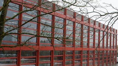 Auch ein Ausbau der Kantonsschule am Lüssiweg in Zug ist denkbar. (Bild: Maria Schmid, 25. Februar 2016)