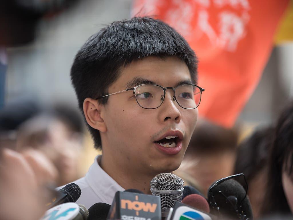 Wurde am Montag aus der Haft in Hongkong entlassen: Demokratie-Aktivist Joshua Wong. (Bild: KEYSTONE/EPA/JEROME FAVRE)