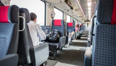 Zugabteil in der 1. Klasse im Eurocityzug nach München. (Bild: Urs Bucher)