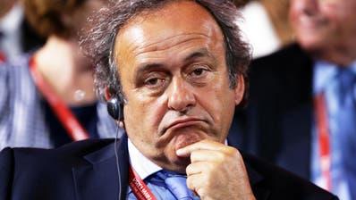 Michel Platini und die WM-Vergabe an Katar – was lief da? (Bild: Keystone/Tatyana Zenkovich, 25. Juli 2015)