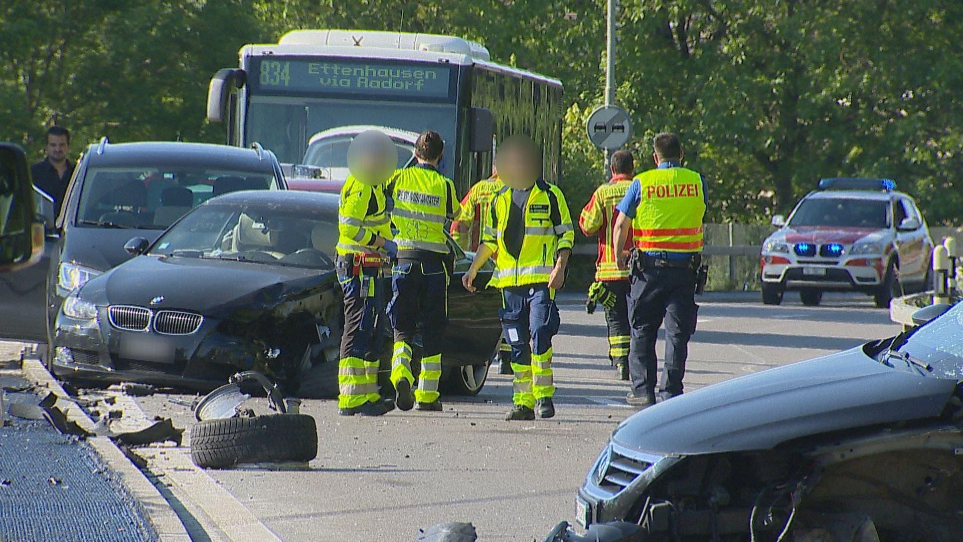 Blick auf die Unfallstelle. (Bild: BRK News)