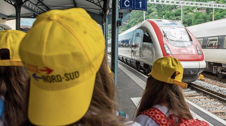Das Parlament erhöht den Druck auf die SBB: Klassen sollen günstiger reisen