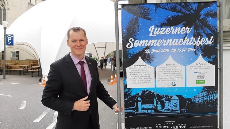 Clemens Hunziker, Direktor des Hotels Schweizerhof, freut sich auf das erste Luzerner Sommernachtsfest. (Bild: Sandro Renggli, 21. Juni 2019)