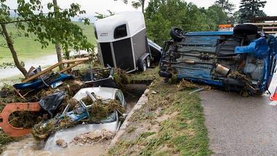 Bach im Val-de-Ruz tritt über Ufer - Vier Verletzte