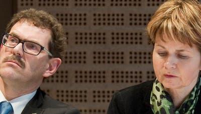 Fast im Schlafwagen nach Bern: Jakob Stark mit Brigitte Häberli in Wil 2013. (Bild: Urs Bucher)
