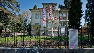 Die Villa an der Obergrundstrasse 99 wurde vor drei Jahren von der Gruppe Gundula besetzt. (Bild: Pius Amrein (Luzern, 11. April 2016))