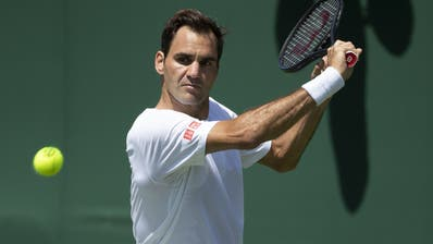 Federer beim Training in Wimbledon. (Bild: Keystone)