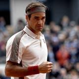 Roger Federer hat gegen Rafael Nadal viel versucht, aber am Ende doch klar verloren. (Bild: Julien de Rosa / EPA, Paris, 7. Juni 2019)