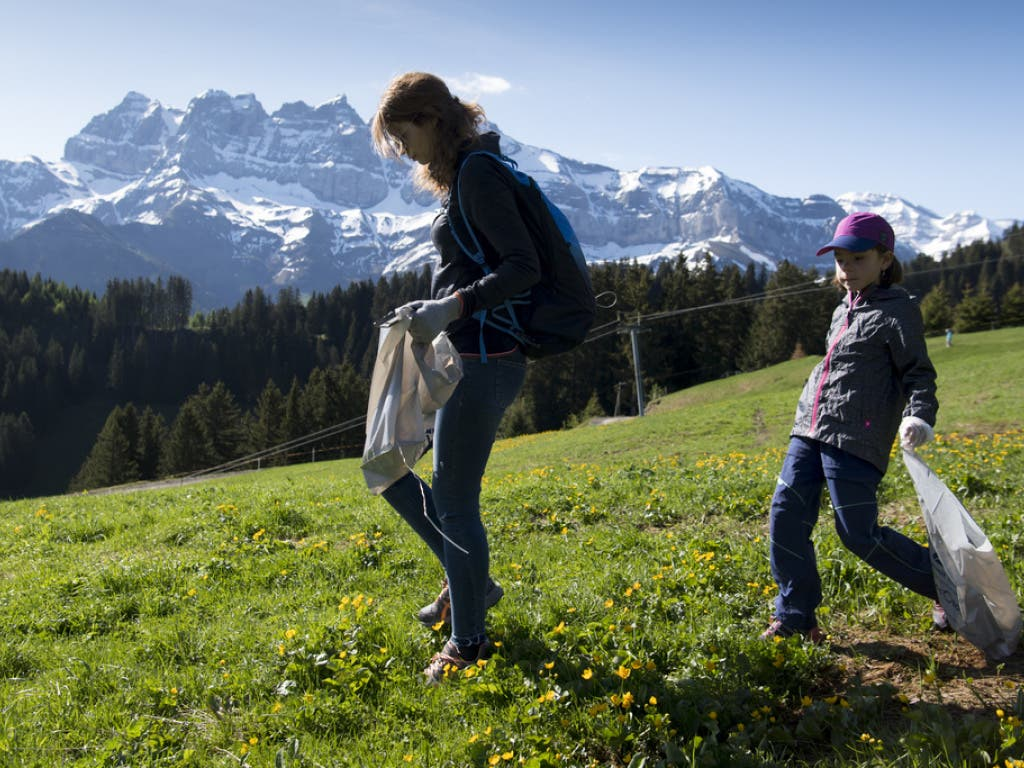 Rund 20 Wintersportorte beteiligen sich an dieser Aktion der Stiftung Summit Foundation. (Bild: Keystone/LAURENT GILLIERON)