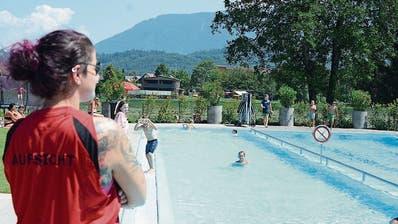 Die Badi Salez bietet mehr als nur Badespass - sie ist auch ein beliebter Treffpunkt