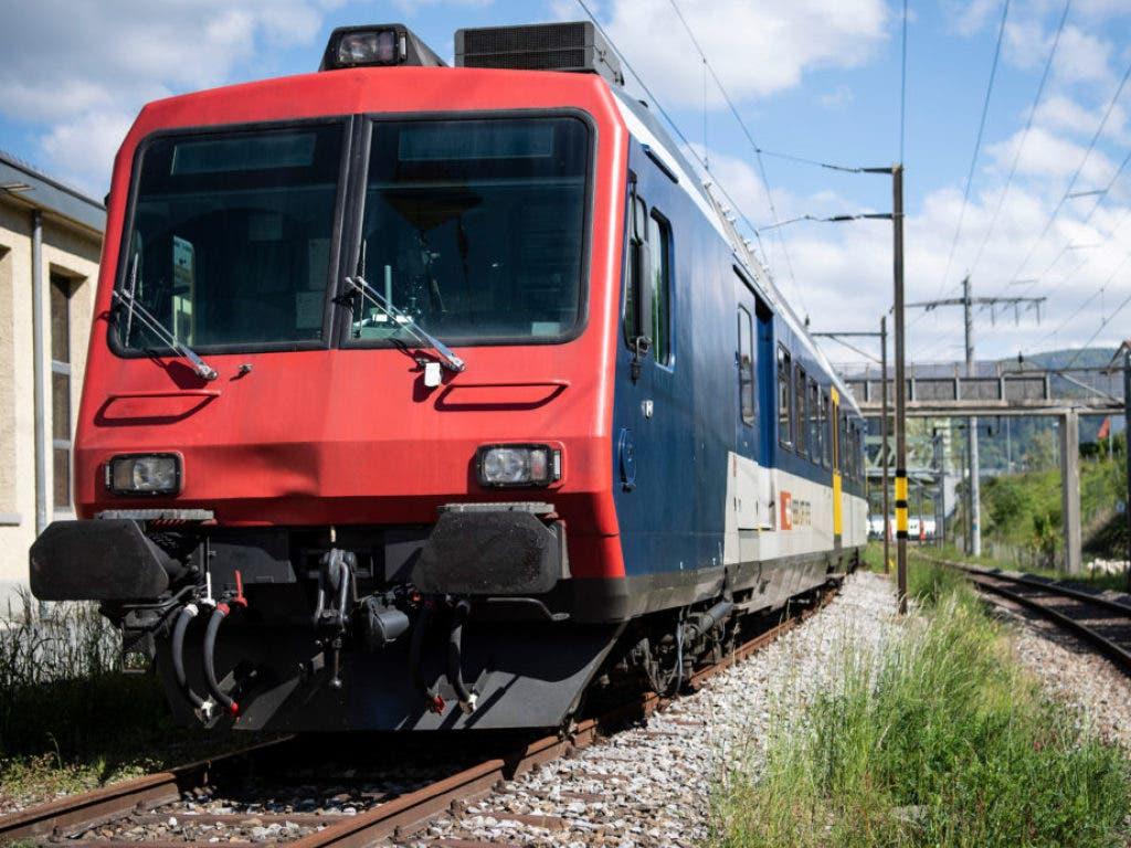 Alter Triebwagen gefällig? Dieses Fahrzeug verkaufen die SBB über ihren neuen Onlineshop für 830'000 Franken oder mehr. (Bild: www.sbbresale.ch)