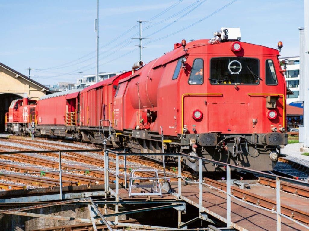 Diesen Lösch- und Rettungszug gibt es im neuen SBB-Onlineshop für ausrangiertes Material ab einer Million Franken zu kaufen. (Bild: www.sbbresale.ch)