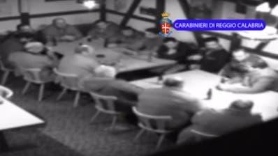 Eine Überwachungskamera filmte die Mafiosi der Frauenfelder 'Ndrangheta-Zelle im Boccia-Club des Gasthofs Schäfli in Wängi. (Bild: PD)
