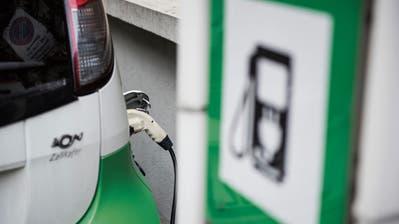 Wer seinen Benziner mit einem Elektro-Auto ersetzt, bekommt im Thurgau und in der Stadt St.Gallen Fördergelder. (Bild: Sabrina Stübi)