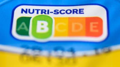 Von Grün «unbedenklich» bis Rot «schwere Kost»: Kennzeichnung von Nahrungsmitteln nach den Vorstellungen von Nestlé. (Bild: Key/Christophe Gateau)