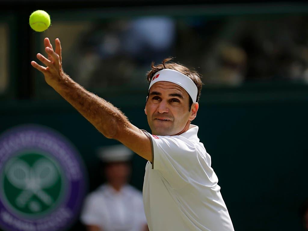 Roger Federer bekundete zum Auftakt in sein 21. Grand-Slam-Turnier etwas Probleme (Bild: KEYSTONE/AP/BEN CURTIS)