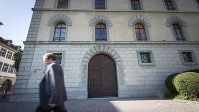 Der Beschuldigte gestand, eine pädophile Neigung zu haben, wies jedoch die Vorwürfe zurück. Der Fall wurde vor dem St.Galler Kantonsgericht verhandelt. (Bild: Ralph Ribi)
