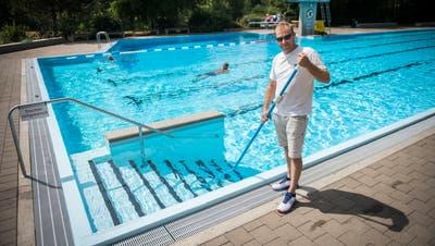 Stettfurt TG - Bademeister Markus Bernhard im Schwimmbad Stettfurt.