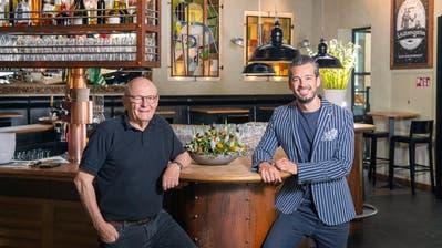Köbi Nett (links) und sein Sohn Oliver im «Netts». Ihr gemeinsames Credo: In kleinen Dingen gross sein. (Bild: Urs Bucher, 17. Juli 2019)
