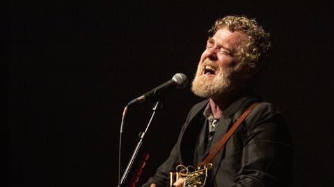 Der irische Singer-Songwriter Glen Hansardbegeisterte im KKL-Konzertsaal.(Bild: Alexandra Wey/Keystone, Luzern, 24. Juli 2019)