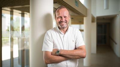 Rorschacherbergs Gemeindepräsident Beat Hirs hofft, dass der Kanton die Planung des Fuss- und Velowegs Churerstrasse endlich an die Hand nimmt. (Bild: Benjamin Manser)
