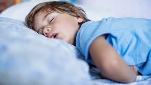 Laaaange schlafen: Die schöne Seite der Sommerferien. (Bild: Getty)