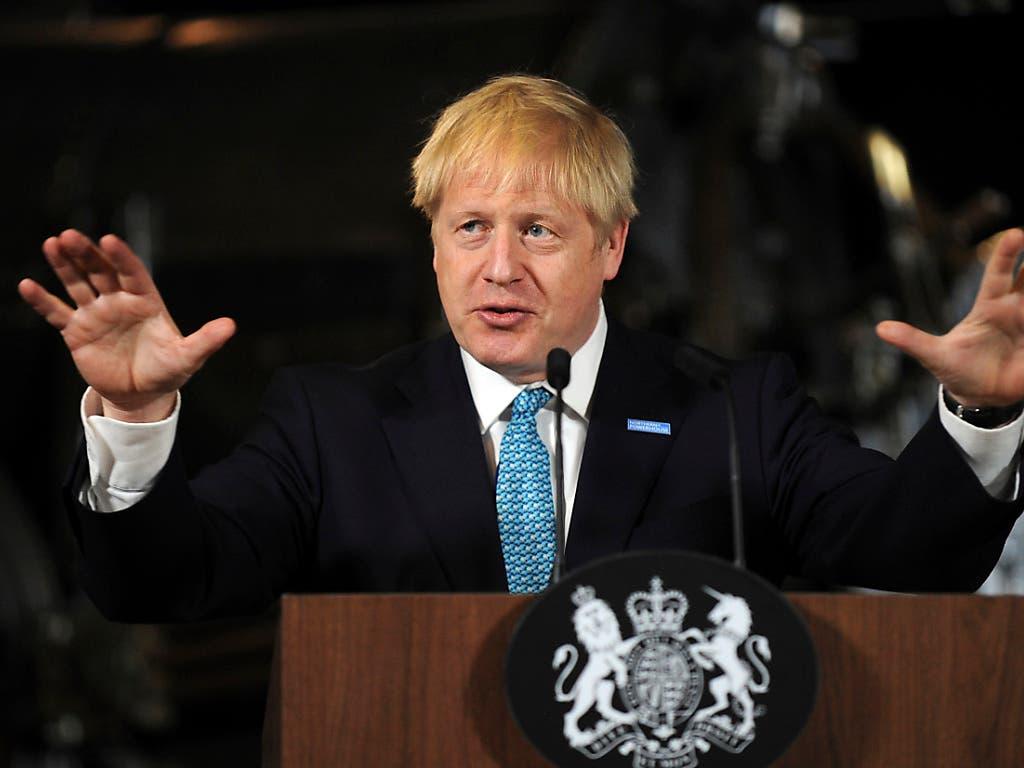 Grossbritanniens neuer Premierminister Boris Johnson wird an seinem neuen Wohnsitz in der Downing Street gemeinsam mit seiner Partnerin Carrie Symonds leben. (Bild vom 27. Juli) (Bild: KEYSTONE/AP/RUI VIEIRA)