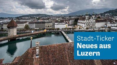 Cécile Birrer und Noris Iten diskutieren ab und an. (Bild: Nadia Schärli, Luzern 26. Juli 2019)