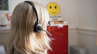 Freiwillige bei der Dargebotenen Hand müssen psychisch belastbar sein und gut zuhören können. (Bild: Ralph Ribi)