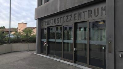 Prozessbeginn gegen Baselbieter Sterbebegleiterin - Tötungsvorwurf