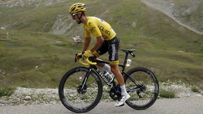 Die Statistik prophezeit den Teilnehmern der Tour de France (hier Julian Alaphilippe) ein langes Leben. (Bild: Epa/Yoan Valat)