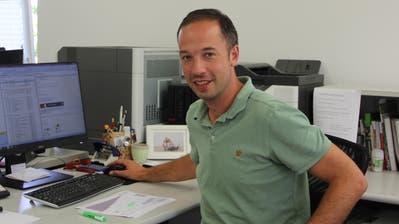 Als neuer Leiter der Stadtgärtnerei verbringt Michael Heggli kaum mehr Zeit draussen, dafür im Büro. (Bild: Lisa Wickart)