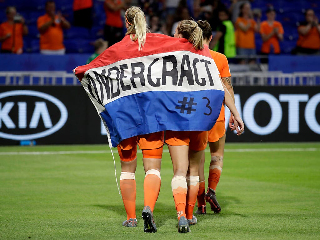 Die niederländischen Fussballerinnen schreiben ihr eigenes WM-Märchen (Bild: KEYSTONE/AP/ALESSANDRA TARANTINO)