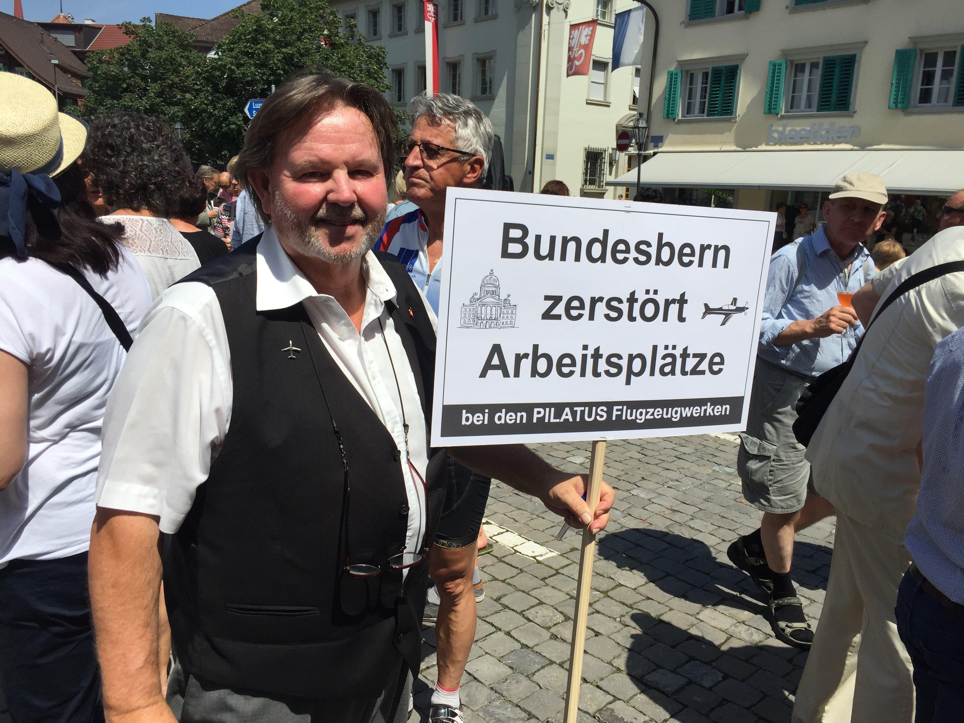 Albert Frank, Organisator der Protestaktion. (Bild: Kari Kälin, Stans, 5. Juli 2019)