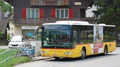 Postauto in St.Jakob. (Bild: Jakob Ineichen, 12. Juni 2019)