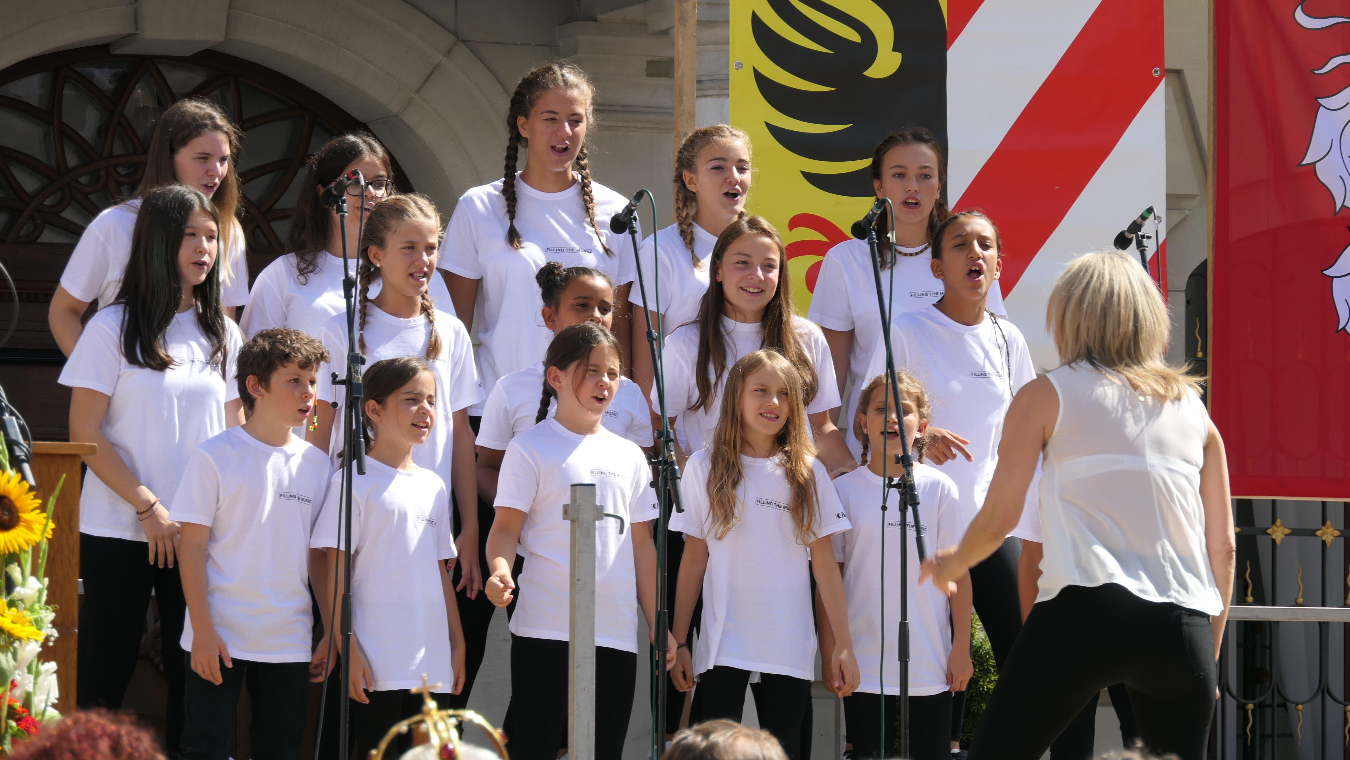 Die eigentlichen Stars an der Bundesfeier in Altdorf waren die Sängerinnen und Sänger des Kinderchors «Filling the Music» aus Bellinzona. (Bild: Carmen Epp, Altdorf, 1. August 2019)