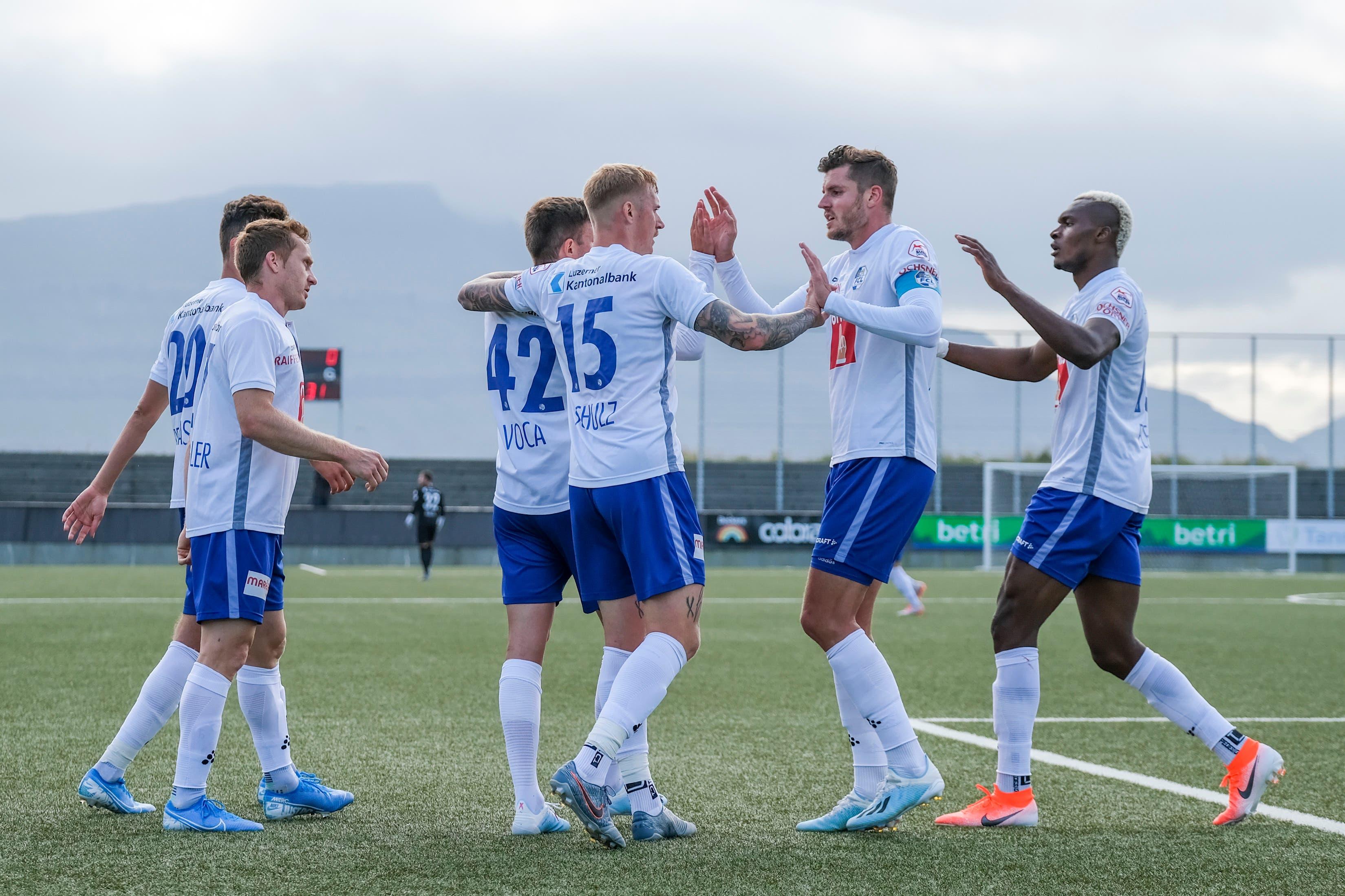 Catenaccio auf den Färöern: Der FC Luzern zeigt sich minimalistisch, aber erfolgreich und siegt gegen KI Klaksvik mit 1:0. (Bild: Martin Meienberger/freshfocus, Toftir, 1. August 2019)