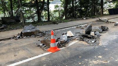 Nach Steinschlag: Strasse zwischen Gersau und Brunnen bleibt eine Woche zu