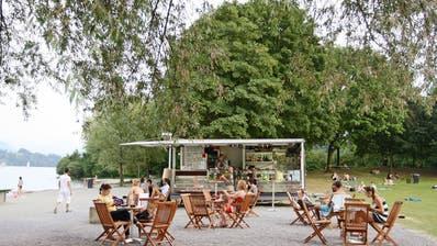 Die Beach-Bar-Buvette auf der Ufschötti in Luzern Bild: PD