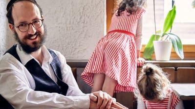 Schalom in der Schweiz: Wie Schweizer Juden zwischen Einheimischen und jüdischen Gästen vermitteln