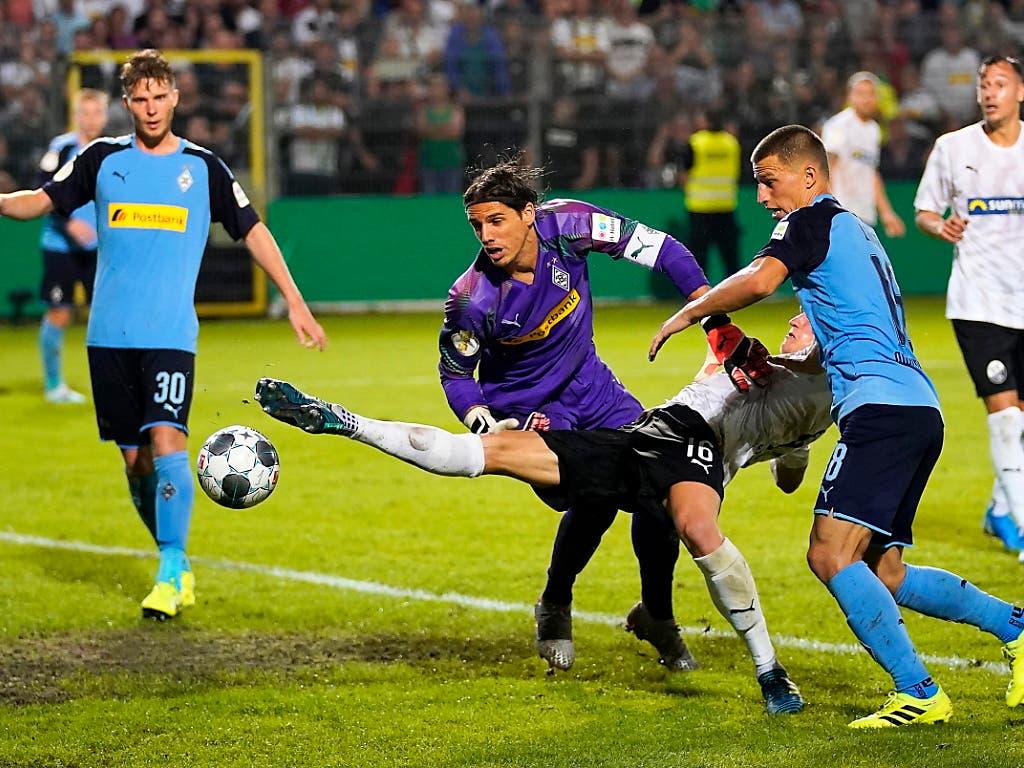 Yann Sommer ist bei Borussia Mönchengladbach unbestritten und ist einer von fünf Schweizern am Niederrhein (Bild: KEYSTONE/EPA/RONALD WITTEK)