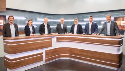 Die Kandidierenden im TVO-Studio: (v.l.) Paul Rechsteiner, Franziska Ryser, Pietro Vernazza, Moderator Andre Moesch, Benedikt Würth, Marcel Dobler und Roland Rino Büchel. (Bild: Urs Bucher)