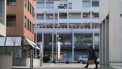 Der Platz vor dem Ebikoner Gemeindehaus. (Bild: Boris Bürgisser, 18. Januar 2019)