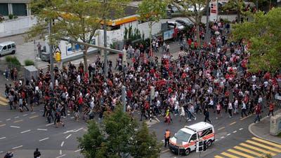 Der Fanmarsch der Fans vonBelgradin Bern. (Bild: Urs Lindt/Freshfocus)