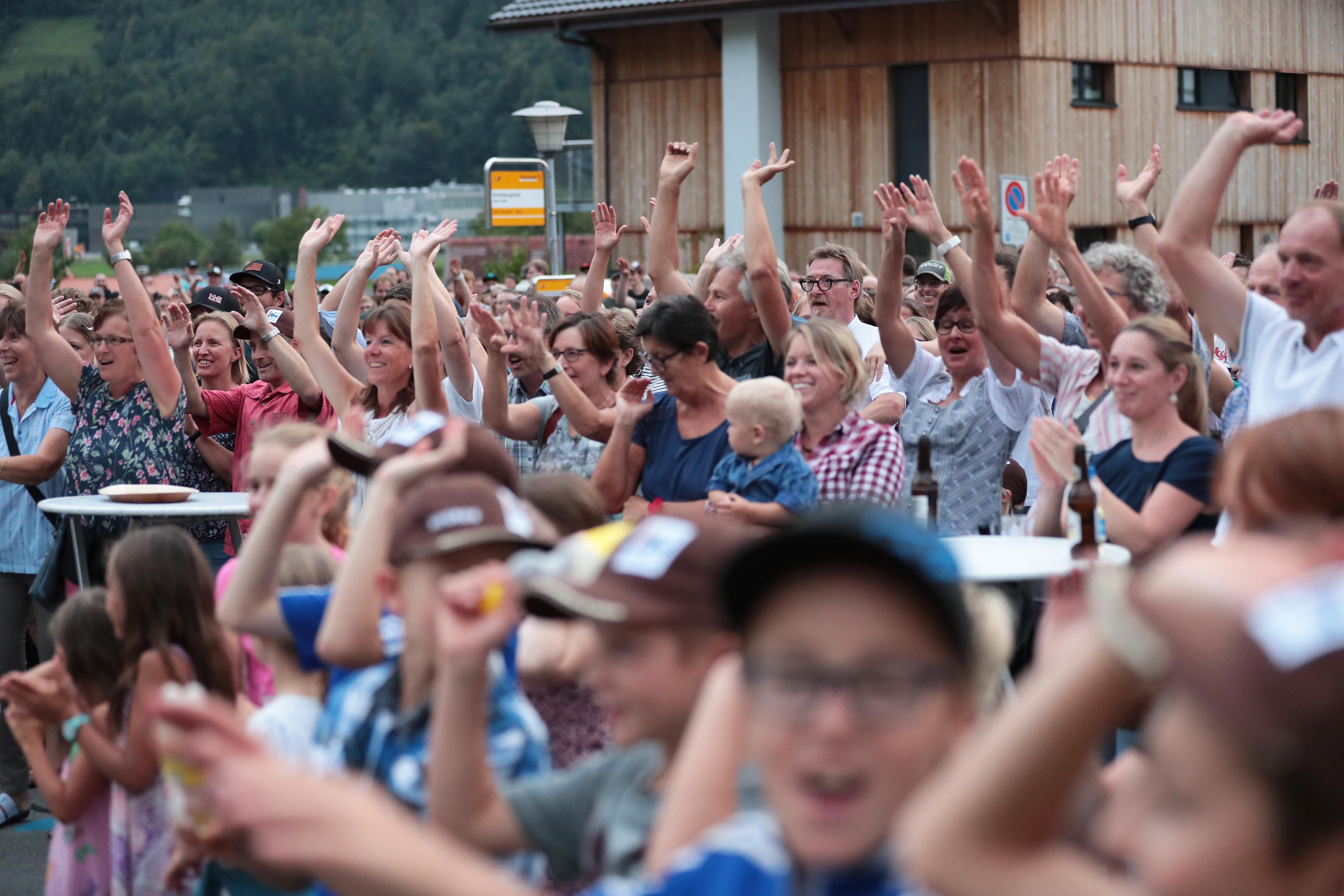 Grosser Jubel bei den Besuchern. (Bild: Roger Zbinden, Oberdorf, 27. August 2019)