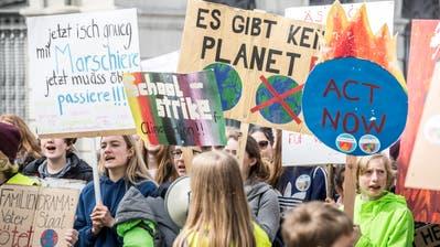 Jugendliche haben bereits in mehreren Ostschweizer Städten Klimademonstrationen organisiert. (Bild: Andrea Stalder, Frauenfeld, 6. April 2019)